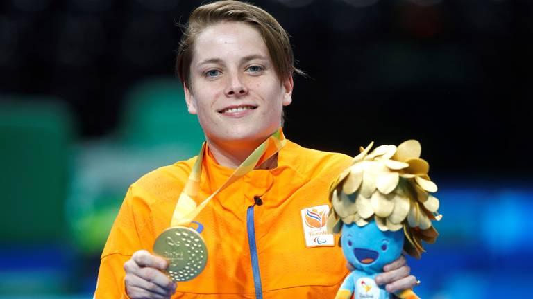 Kelly van Zon met jaar gouden medaille in Rio