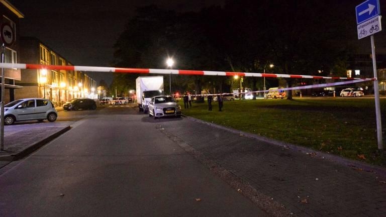 De straat werd afgezet (foto: Perry Roovers/SQ Vision).