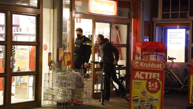 Overval op Kruidvat in Boxmeer (foto: Saskia Kusters/SQ Vision).