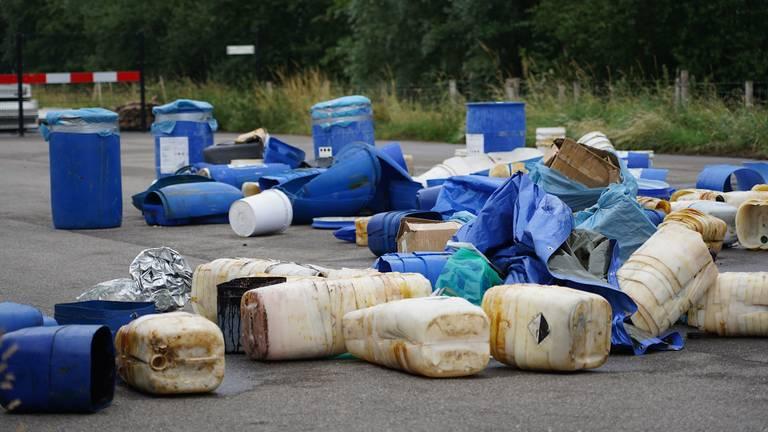 Een drugsdumping in Nieuw-Vossemeer, juli 2021 (Foto: Jeroen Stuve / SQ Vision)