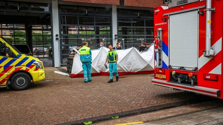 Het slachtoffer is zwaargewond (foto: Sem van Rijssel/SQ Vision).