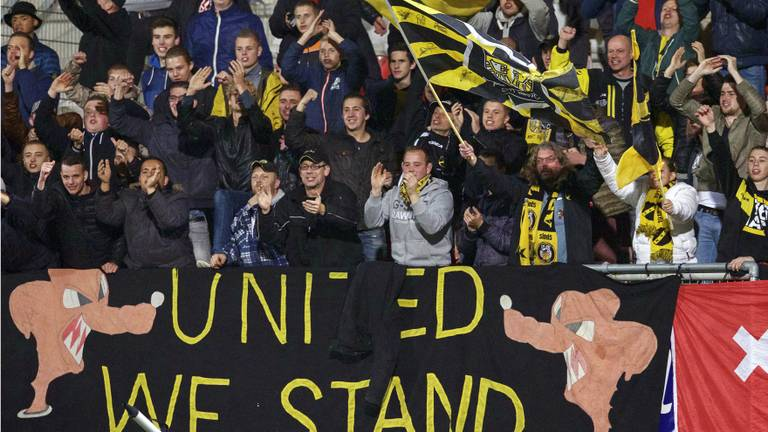 Supporters van NAC (foto: VI Images).
