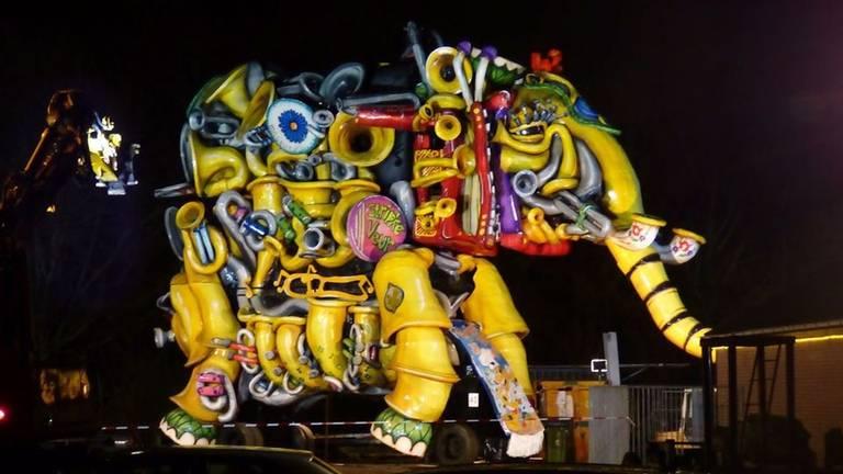 Carnavalswagen uit Boemeldonck (foto: archief).