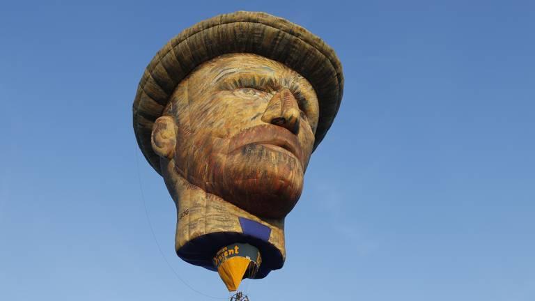 De Vincent van Gogh luchtballon (foto: SK-Media).