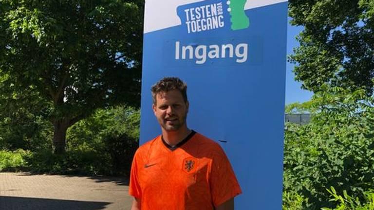 Remy Schouwenaar, die zich ook moest laten testen (foto: Imke van de Laar).