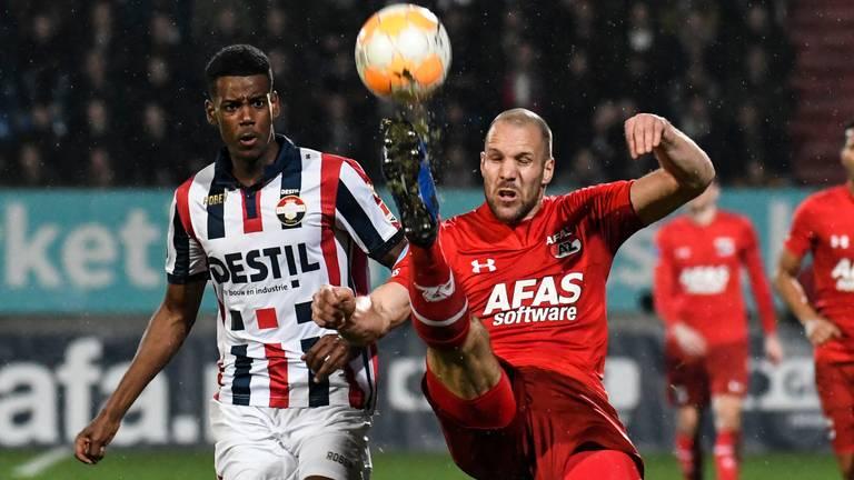 Ron Vlaar na twee knieblessures tegen Willem II.