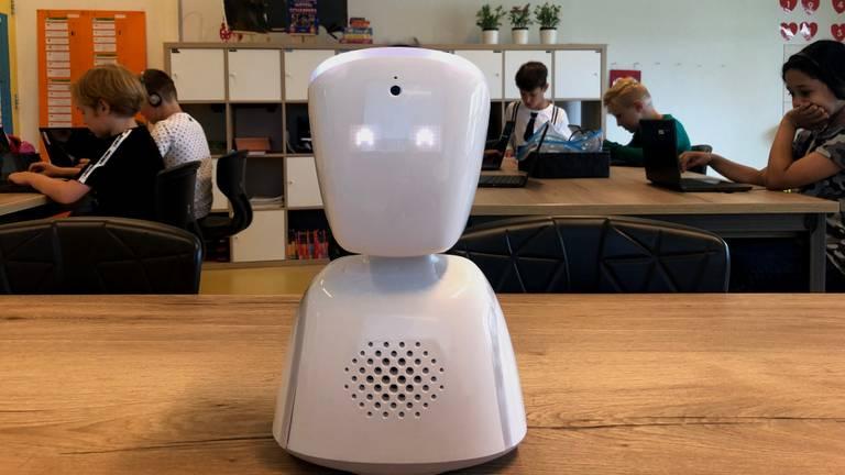 Robot-Emma in de klas (foto: Imke van de Laar).