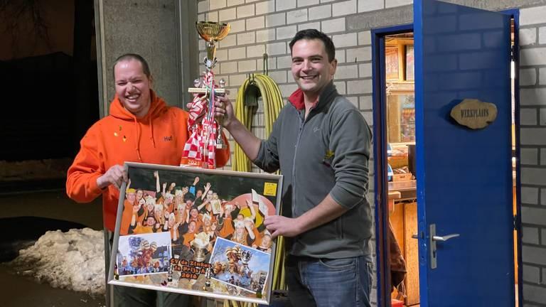 CV de Zimkus wint de Mooiste Carnavalswagen Aller Tijden