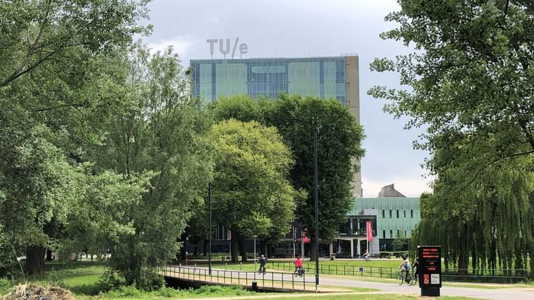 Het complex van de TU/e (foto: Hans Janssen).