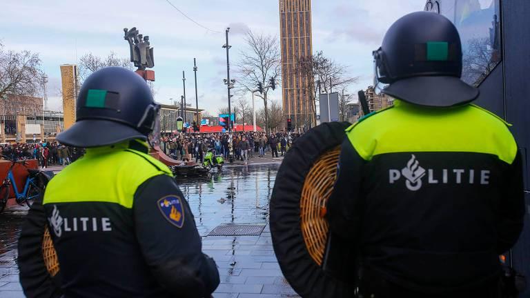 Изображение битвы в центре Эйндховена (фото: Арно ван дер Линден / SQ Vision Media Productions).