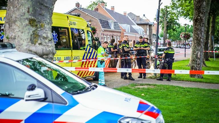 Veel hulpdiensten kwamen op de steekpartij in Nuenen af (foto: Sem van Rijssel/SQ Vision).