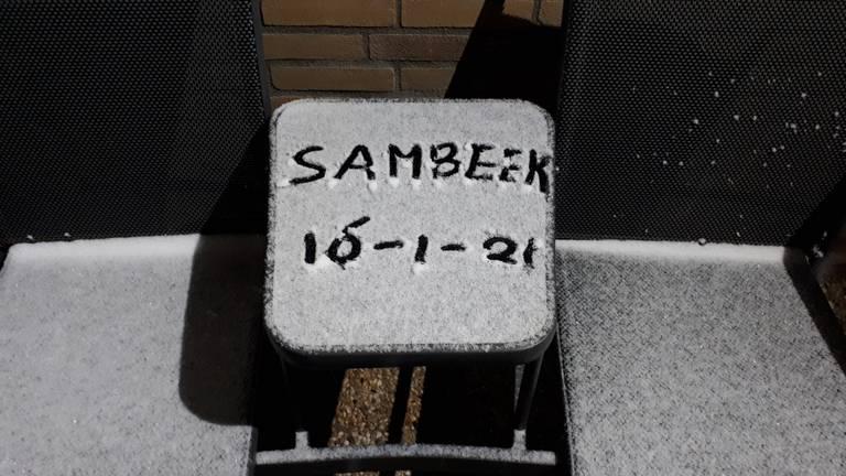 Van oost naar west: zo goed als heel Brabant was sneeuwwit deze zondag (foto: Hans Jakobs).
