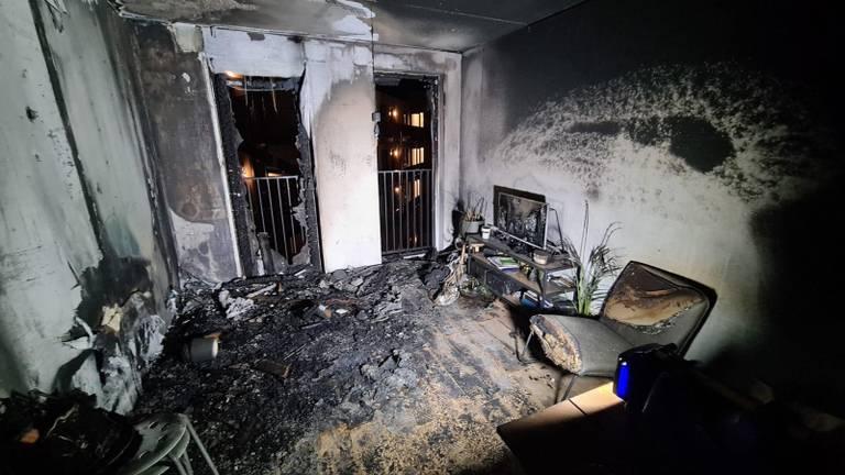 Het verwoeste appartement. (Foto: Rosemarijn Haima)