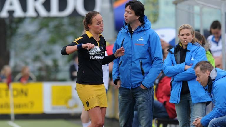 Maartje Paumen en Raoul Ehren in de play-offs van zijn eerste seizoen als hoofdcoach.