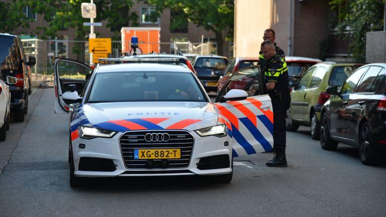 De politie loste een waarschuwingsschot (foto: Perry Roovers/SQ Vision).