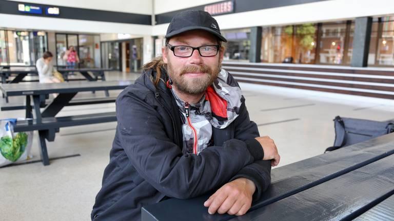 Andreas is een van de daklozen die worden geholpen door medewerkers van Barka (foto: Karin Kamp).