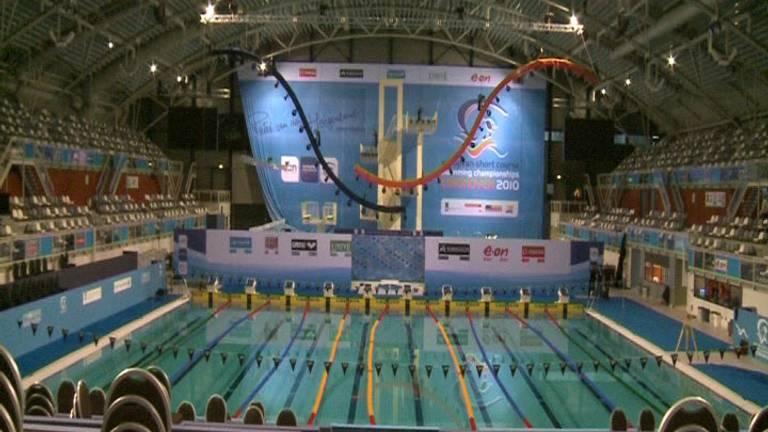 In dit bad gaat Ranomi 18 kilometer zwemmen