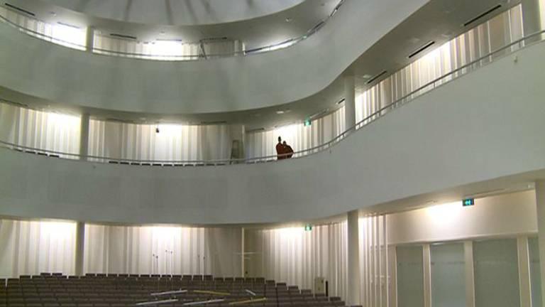 De Tilburgse concertzaal is nu niet geschikt voor intieme concerten