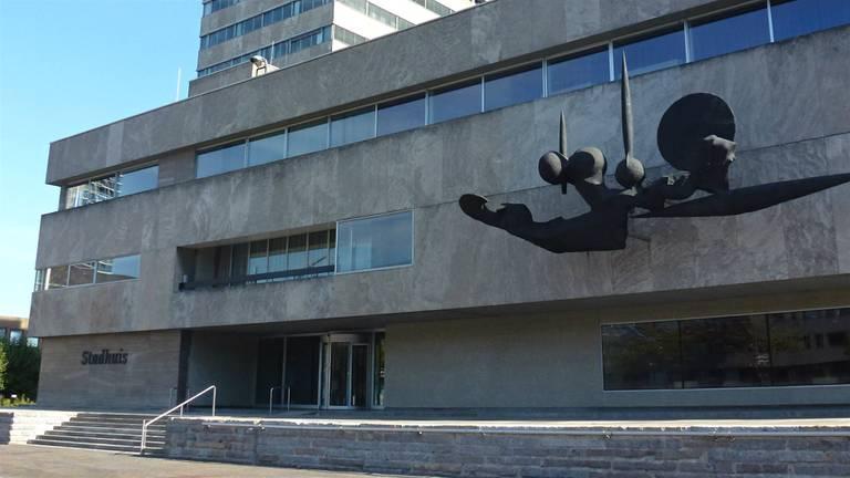 Het stadhuis van Eindhoven (foto: Rosemoon)