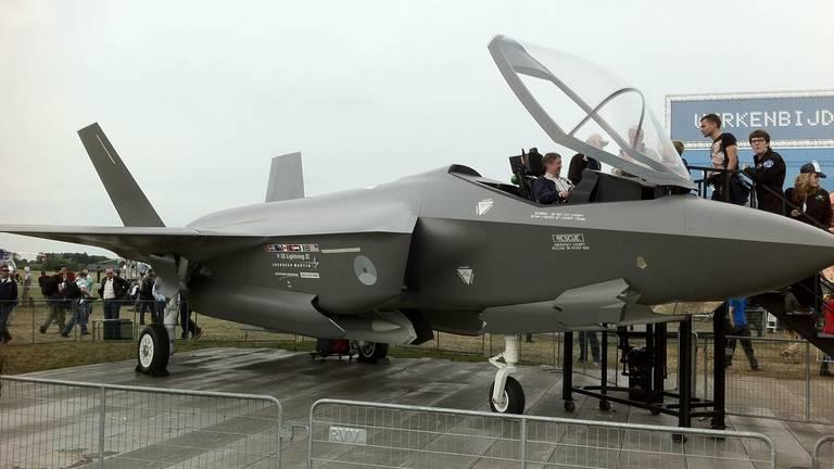 De F-35