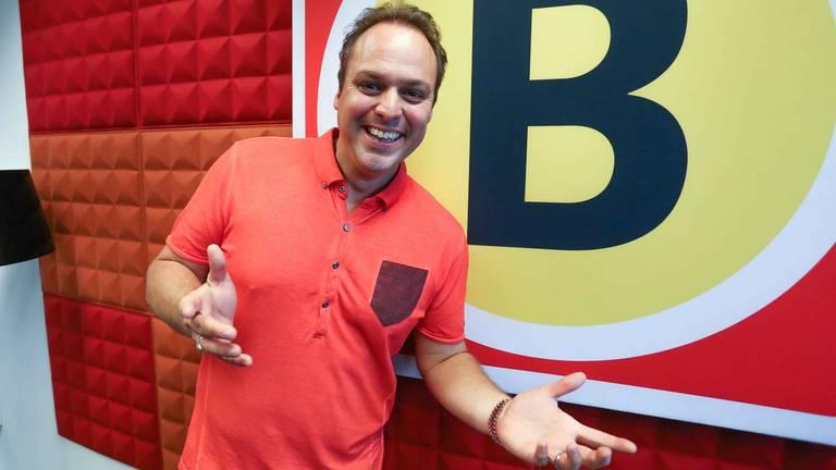 Franks Bauer in de Omroep Brabant-studio (foto: Bob Schellens)