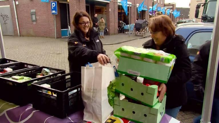 Dongen doneert spullen voor de actie