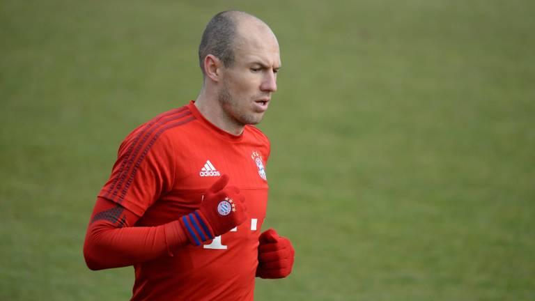 Oud-PSV-er Arjen Robben gaat weer voetballen
