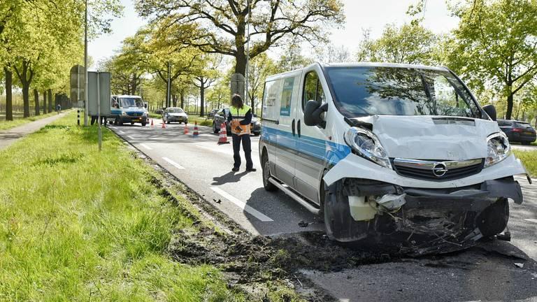 Geen gewonden, wel file na het ongeluk op de N65. Foto: Toby de Kort/De Kort Media