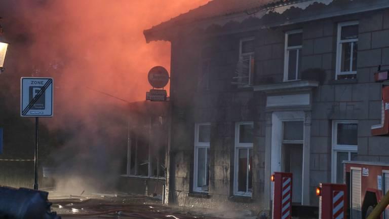 Het café werd door de brand verwoest. (Archieffoto: Maickel Keijzers/Hendriks Multimedia)