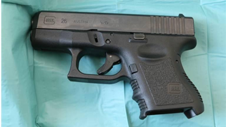 Een pistool. (Foto: OM).