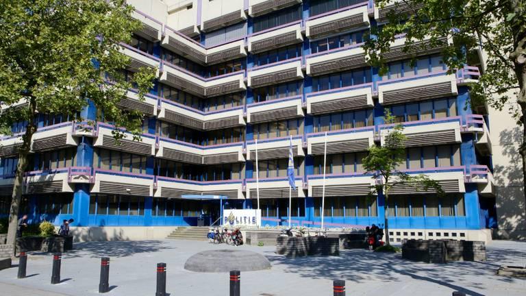 Het politiebureau in Eindhoven (foto: Ginopress)