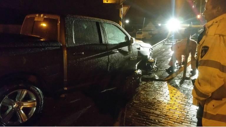 De Dodge verloor een voorwiel. (Foto: Jozef Bijnen/SQ Vision)