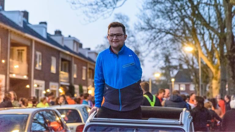 Thijs voorafgaand aan het gezamenlijke hardlooprondje in 2017. (Foto: Tom van der Put/SQ Vision)