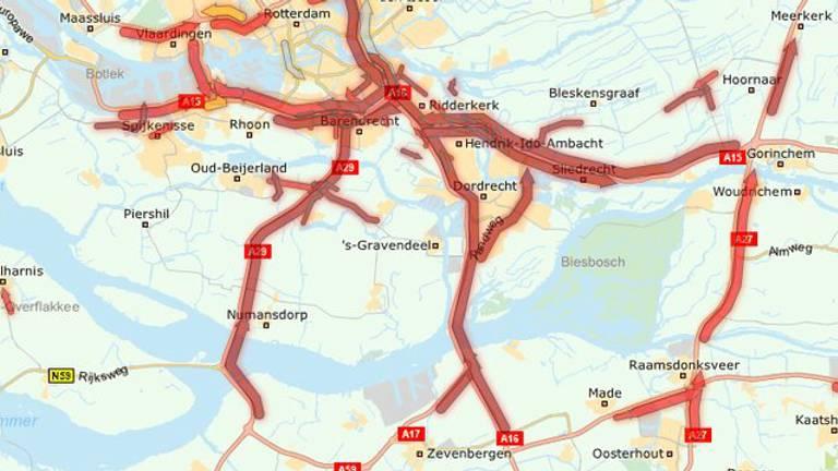De wegen richting Rotterdam staan vast (Beeld: ANWB)