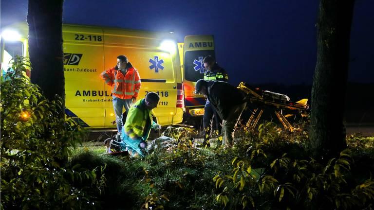 Het ongeluk op de Hulselsedijk in Reusel. Foto: Berry van Gaal/SQ Vision Mediaprodukties