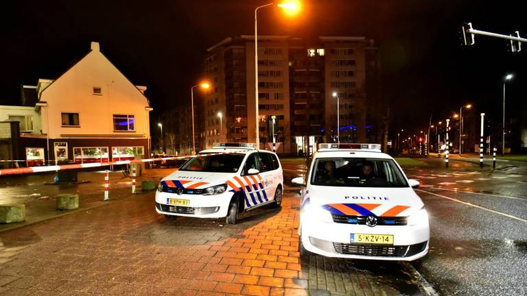 Een deel van de omgeving in Eindhoven werd afgezet. (Foto: Dave Hendriks/SQ Vision)