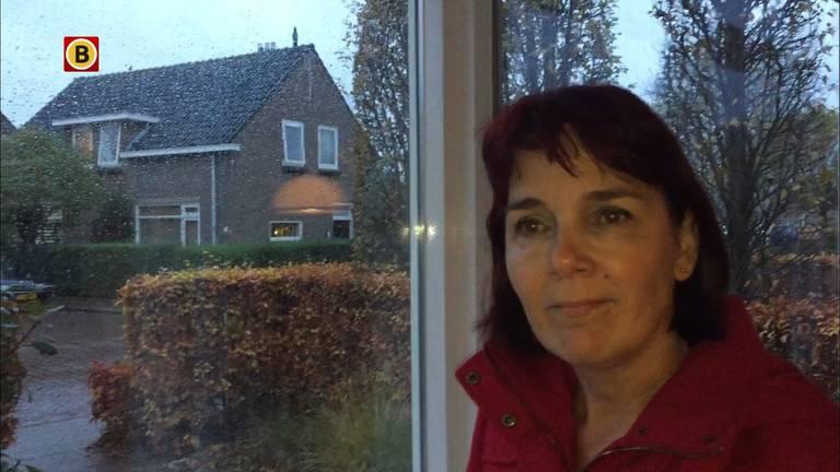 Moniek wil een uitvaarthuis in haar straat (foto: Floyd Aanen)