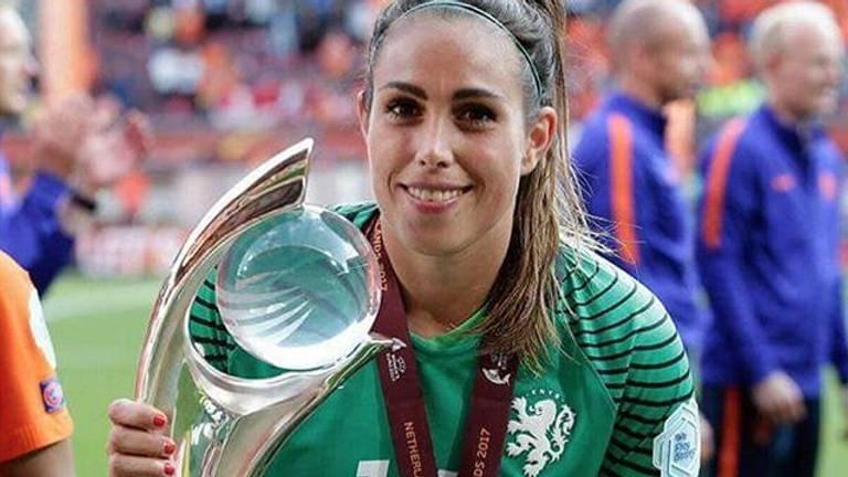 Angela Christ stopt bij het Nederlands elftal