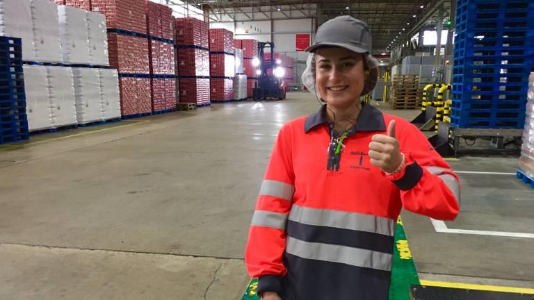 Esmee Bisschoff is voor één dag directeur van Coca-Cola