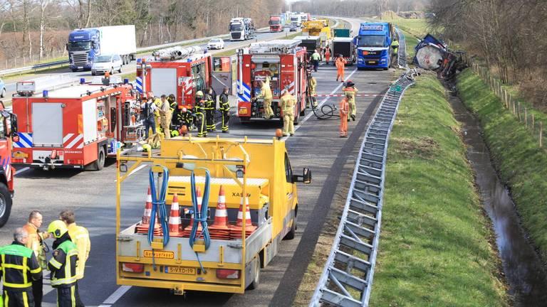 Chaos op de A67 (Foto: Harrie Grijseels).
