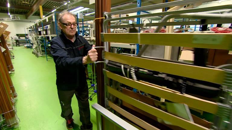 Tom van Dalen (71) werkt nog drie dagen per week