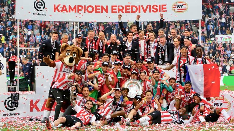 PSV kampioen! (Foto: Martijn de Bie)