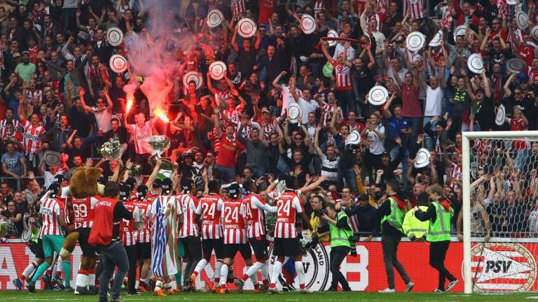Psv Kampioen Van Nederland Na 3 0 Zege Op Ajax Liveblog Omroep Brabant