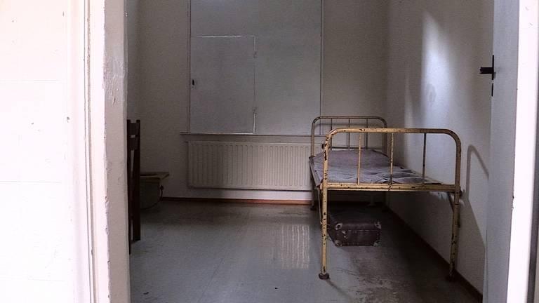 De in 'ere' herstelde gevangeniscel in Haaren