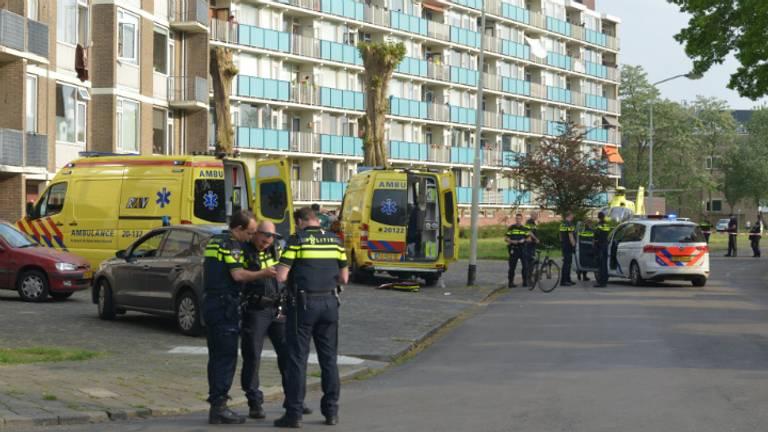 De steekpartij gebeurde aan de Klaverweide in Breda. (Foto: Rob de Haas/Mainstay Media Breda)