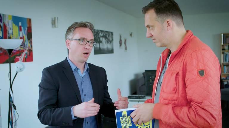 Barry Fitzgerard vertelt Merlijn Passier over zijn boek. Foto: Brabant 2050