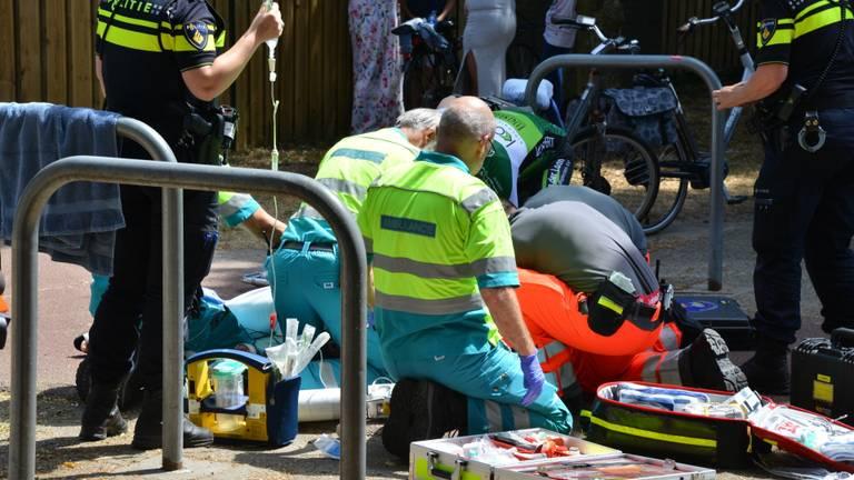 De vrouw raakte zwaargewond. (Foto: Perry Roovers)