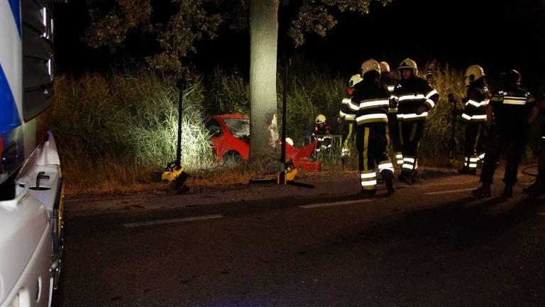 Het ongeluk gebeurde op de Vlietbergweg. (Foto: Anja van Beek/Persbureau Midden Brabant).