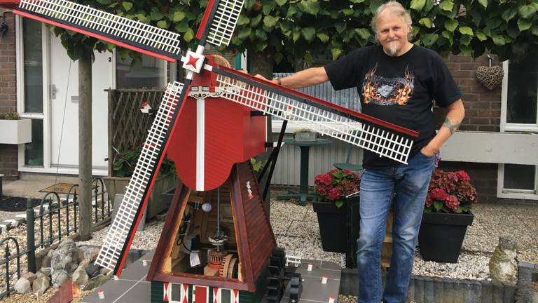 Mart Konings bouwt molens