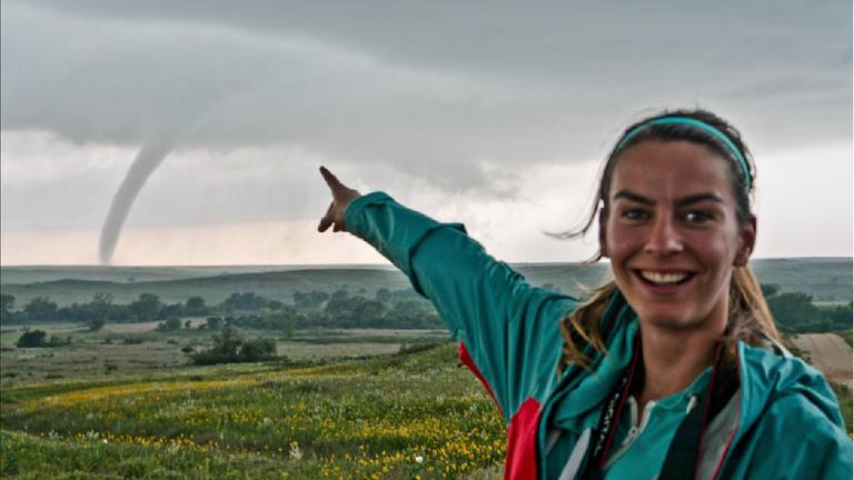 Melody Sturm bij een windhoos. (Archieffoto: Facebook)